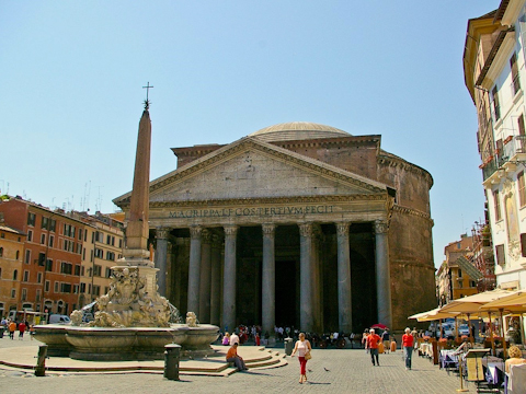 The Pantheon on Piazza della Rotunda in Rome