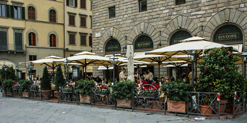 Caffè Rivoire in Florence, Italy. (Photo by subtarget)