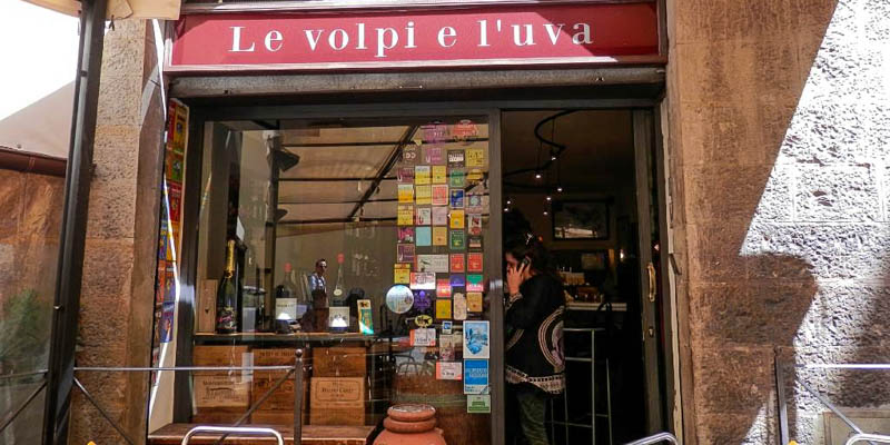 Le Volpi e l'Uva wine bar in Florence, Italy. (Photo by alcool17)
