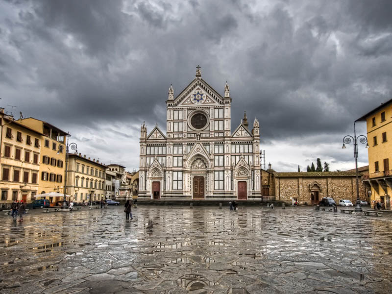 The church of Santa Croce on Piazza Santa Croce, Florence. (Photo by Augusto Mia Battaglia)