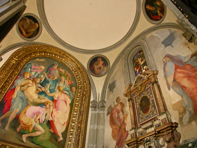 Santa Felicita's Cappella Barbadori/Cappella Capponi with Pontormo's Descent from the Cross (1526–28) and Evangelists tondos (1525) by Bronzino, Florence. (Photo by Reid Bramblett)
