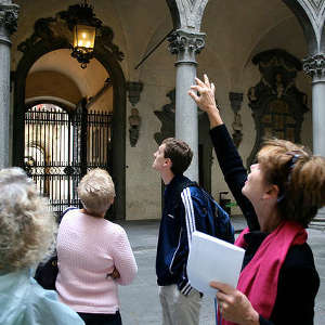 An escorted walking tour in Florence