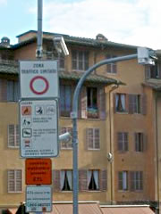 A sign marking the entrance to the ZTL (Zona Traffico Limitato) of Siena