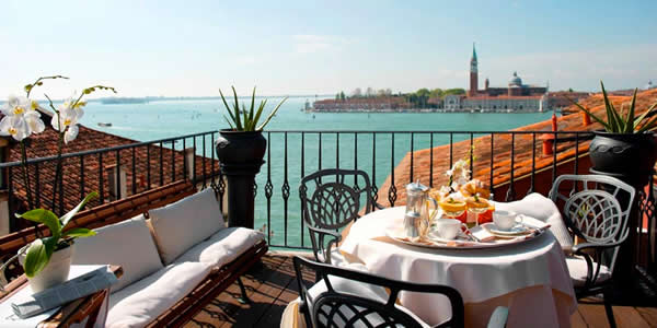 Some Junior Suites at Venice's Hotel Metropole come with breathtaking views over the Bacino San Marco